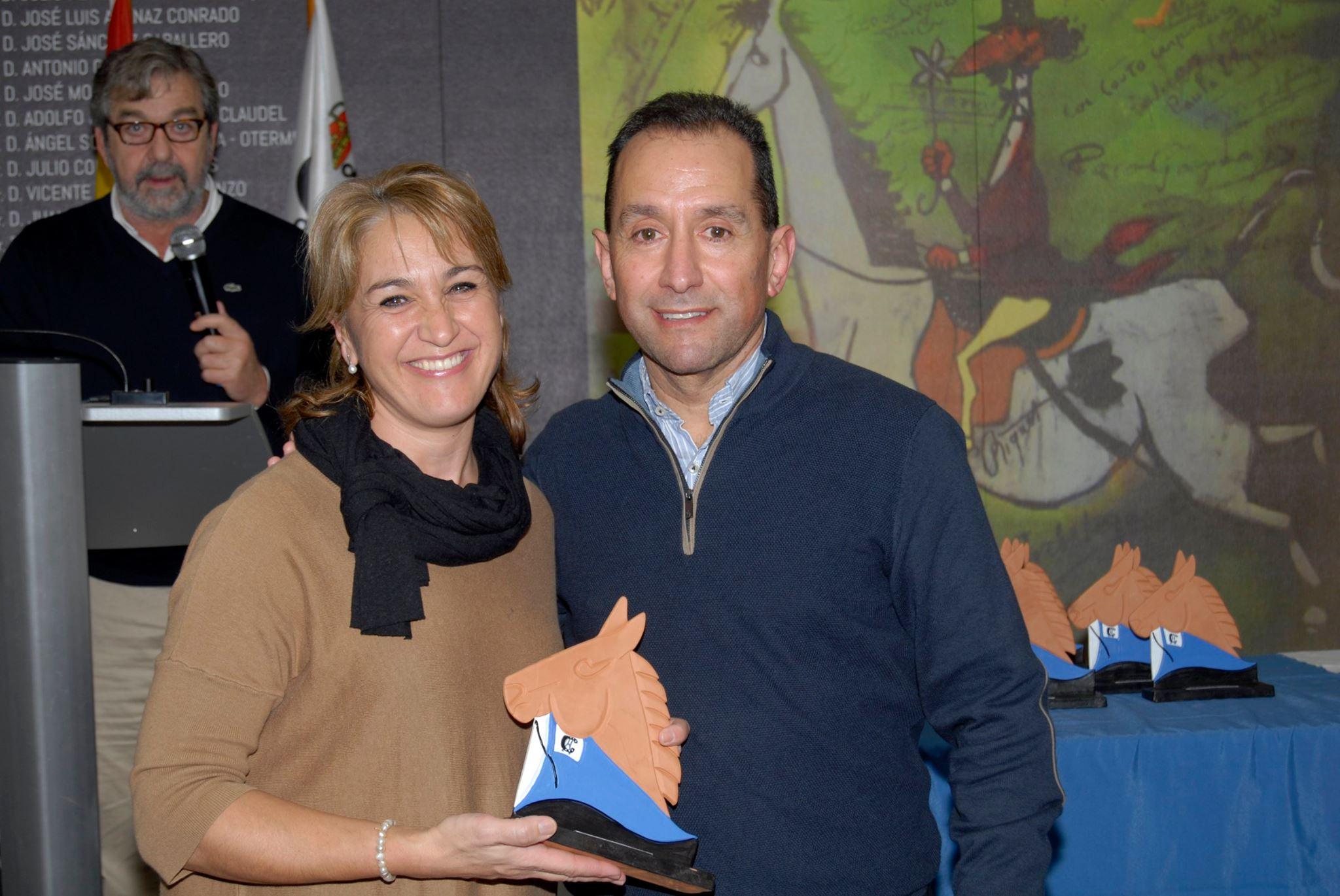 Entrega de premios de los campeonatos sociales 2
