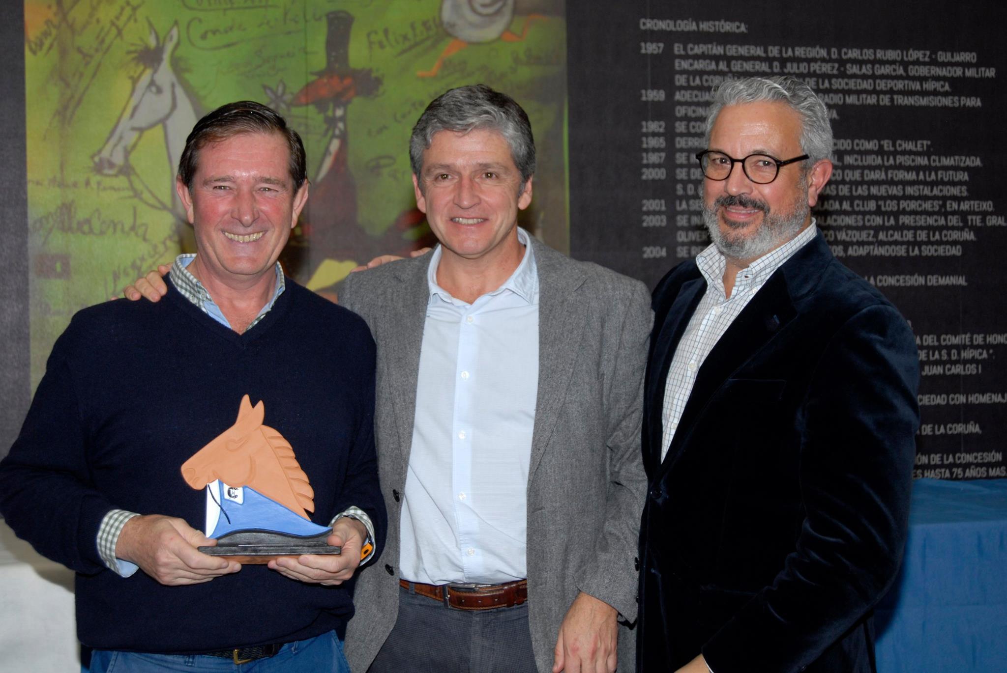 Entrega de premios de los campeonatos sociales 3
